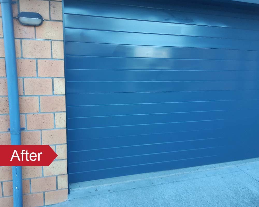 Garage door colour fade restored with an Everbrite DIY Protective Coating